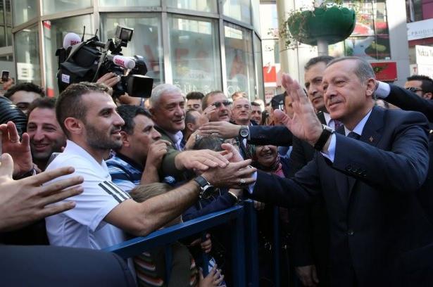 Cumhurbaşkanı'na Trabzon'da sevgi seli 11