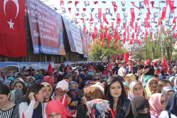 Cumhurbaşkanı'na Trabzon'da sevgi seli 13