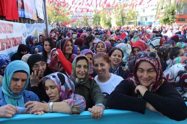 Cumhurbaşkanı'na Trabzon'da sevgi seli 16