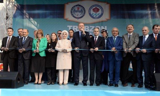 Cumhurbaşkanı'na Trabzon'da sevgi seli 22