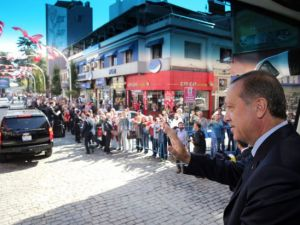 Cumhurbaşkanı'na Trabzon'da sevgi seli