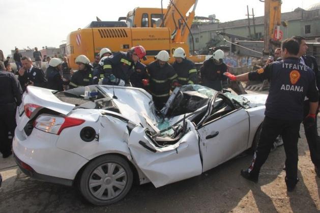 Adana'da korku filmi gibi kaza: 1 ölü 4