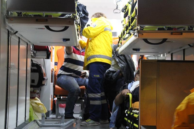 Sivas'ta polis otobüsü devrildi: 3 şehit 1