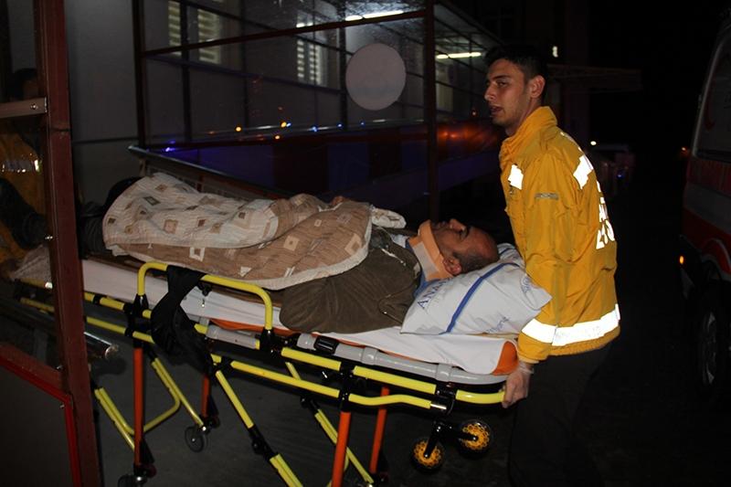 Sivas'ta polis otobüsü devrildi: 3 şehit 15