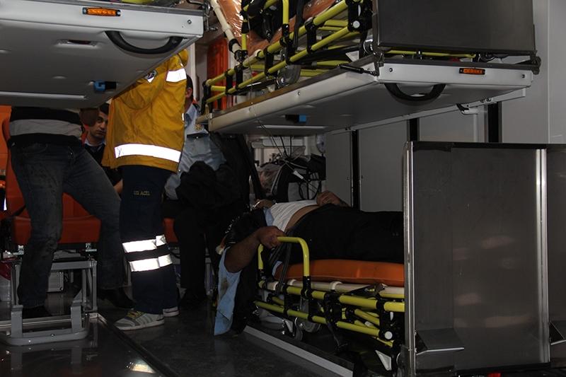 Sivas'ta polis otobüsü devrildi: 3 şehit 4