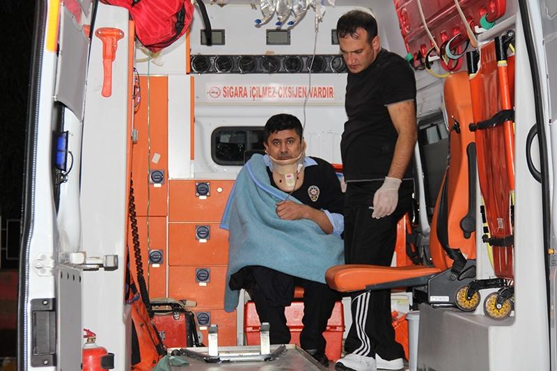 Sivas'ta polis otobüsü devrildi: 3 şehit 7
