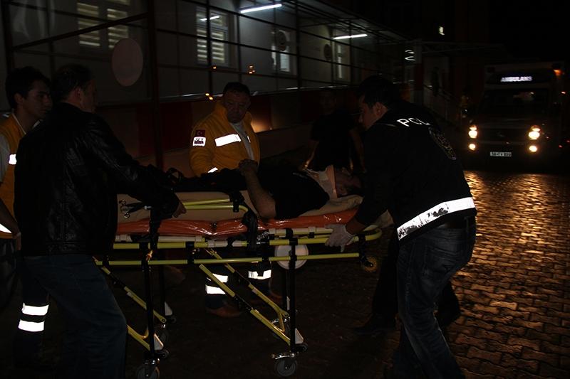 Sivas'ta polis otobüsü devrildi: 3 şehit 8