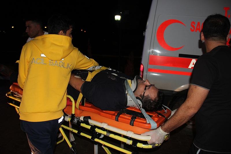 Sivas'ta polis otobüsü devrildi: 3 şehit 9