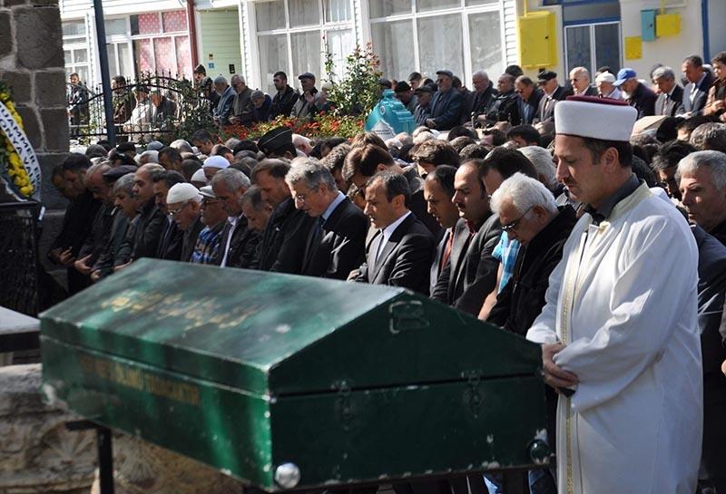 Kemal Madenoğlu'nun acı günü 3