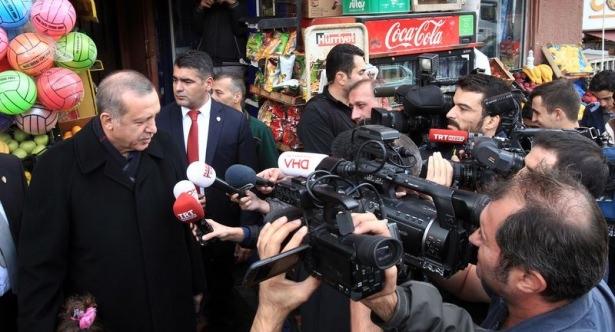 Erdoğan, oğlu ve torunuyla market alışverişinde 7