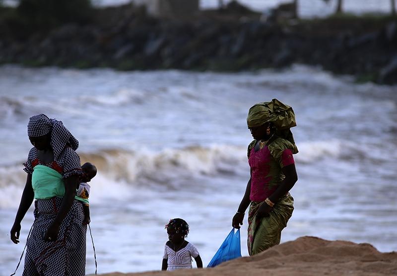 Fildişi kadını yokluklara rağmen hayata dört elle sarılıyor 34