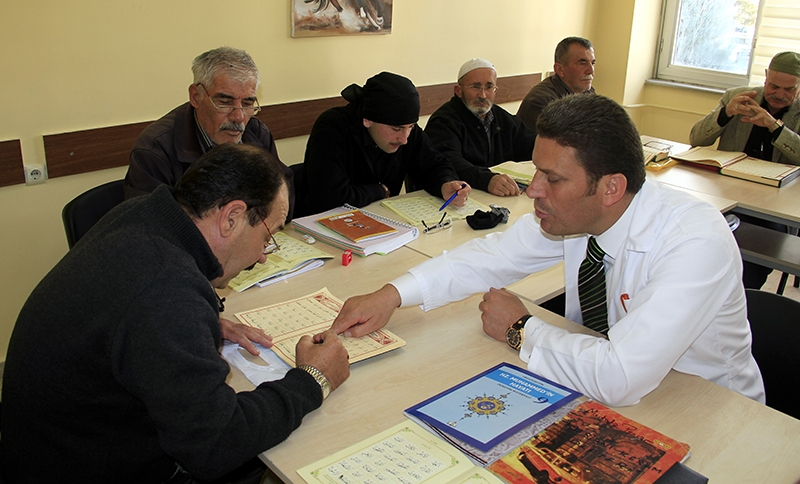 Hacdan dönüp Kur'an kursuna gidiyorlar 13