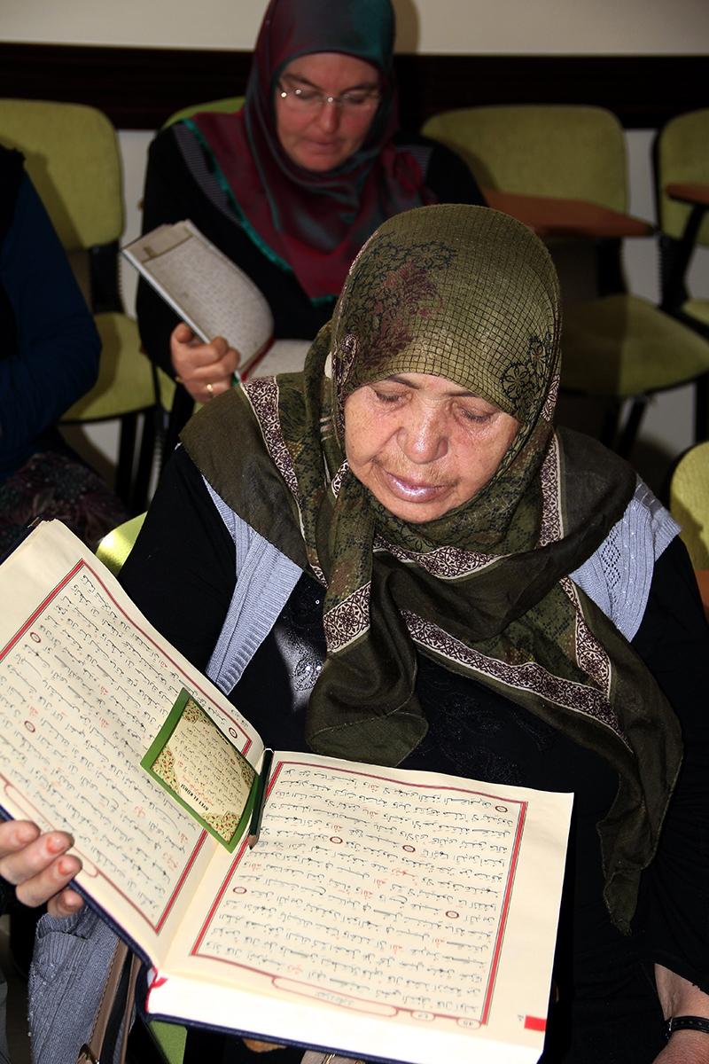 Hacdan dönüp Kur'an kursuna gidiyorlar 2