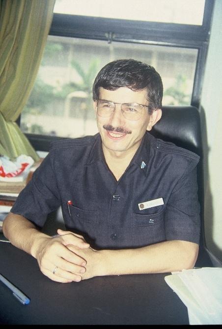 İşte Başbakan Davutoğlu'nun 21 yıl önceki fotoğrafları 3