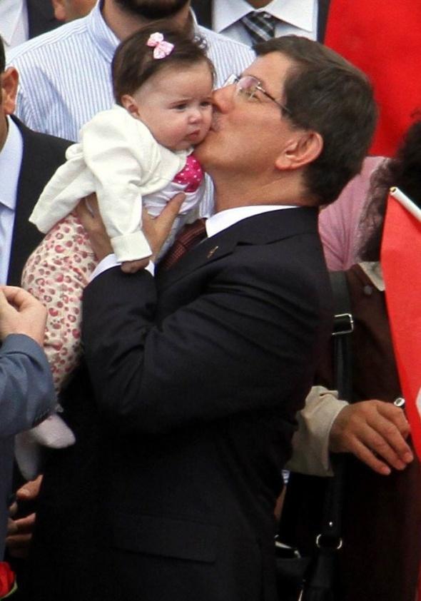 İşte Başbakan Davutoğlu'nun 21 yıl önceki fotoğrafları 9