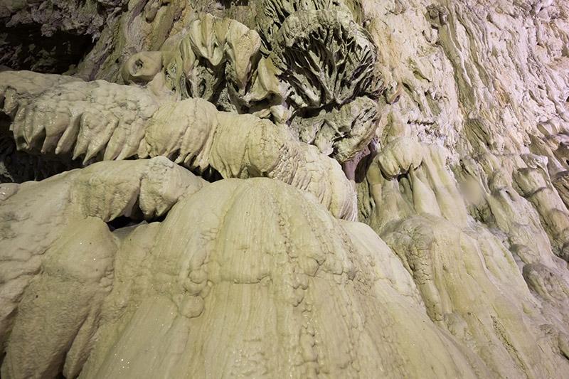 """İçinden yeraltı nehri akan mağara """"Dupnisa"""" 4"""
