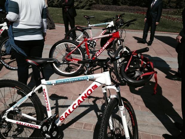 Cumhurbaşkanı Abdullah Gül bisiklete bindi 17
