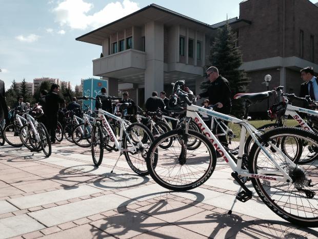Cumhurbaşkanı Abdullah Gül bisiklete bindi 19