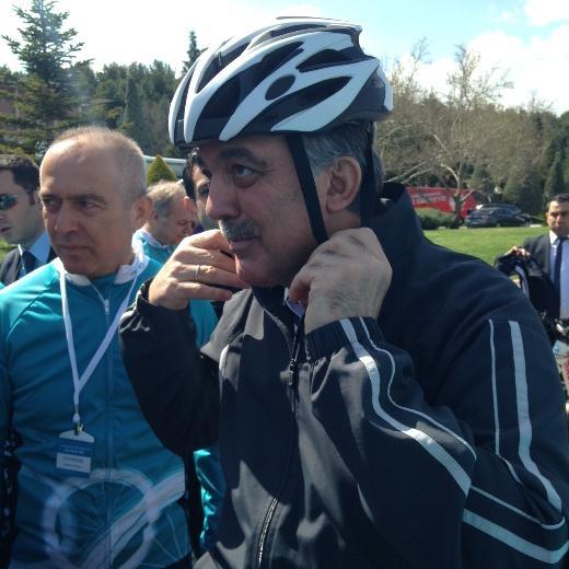Cumhurbaşkanı Abdullah Gül bisiklete bindi 2