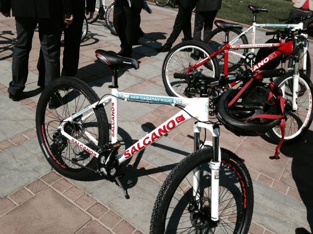 Cumhurbaşkanı Abdullah Gül bisiklete bindi 9