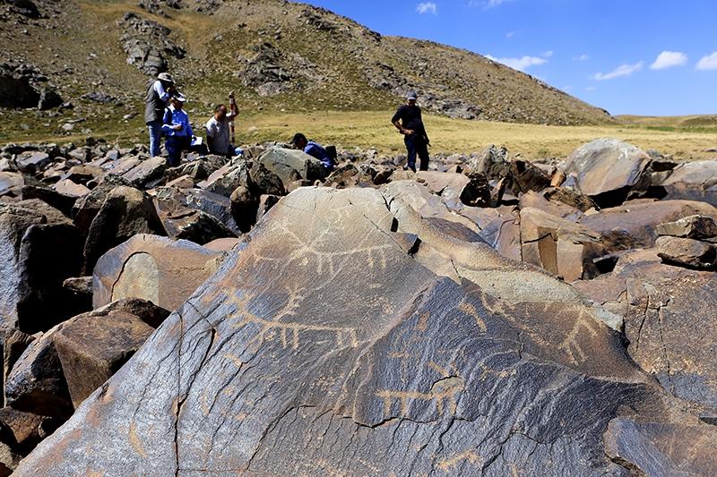 10 bin yıllık kaya resimleri kayıt altına alındı 2
