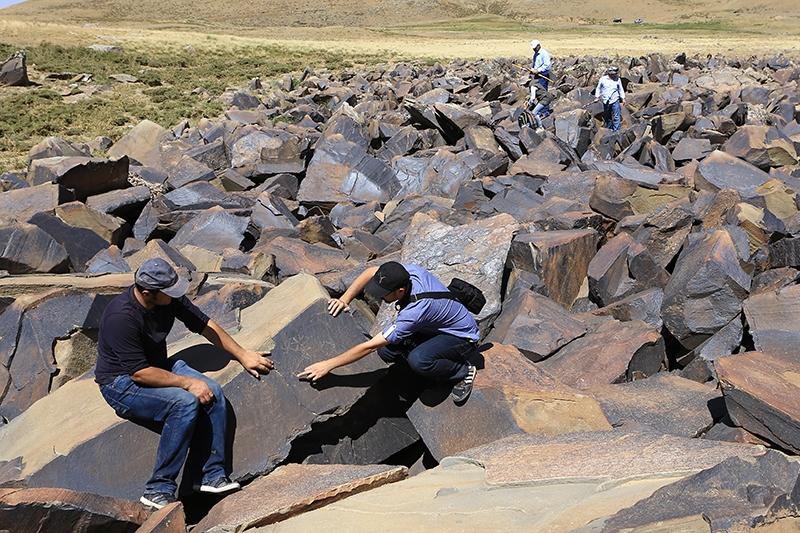 10 bin yıllık kaya resimleri kayıt altına alındı 21