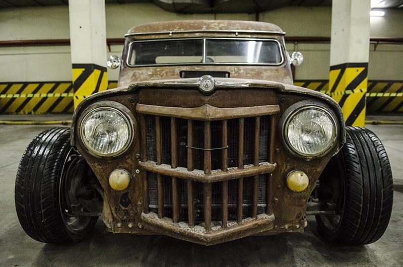 Klasik Amerikan ve İtalyan otomobilleri bir arada 13