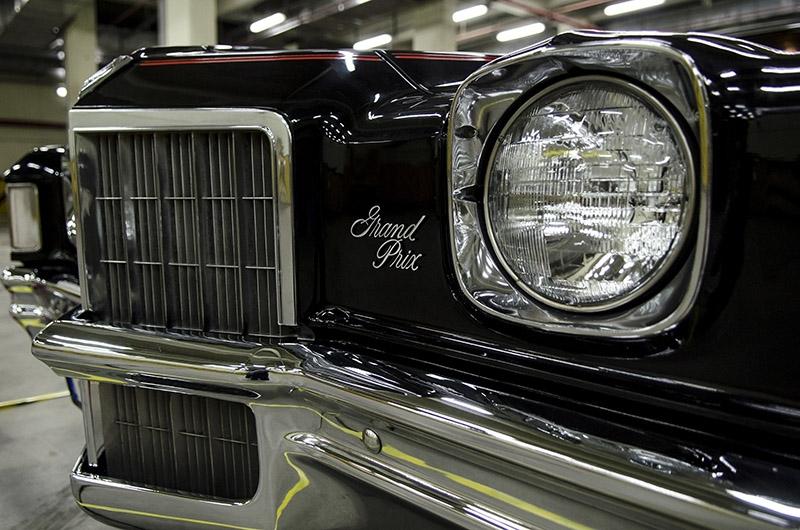 Klasik Amerikan ve İtalyan otomobilleri bir arada 2