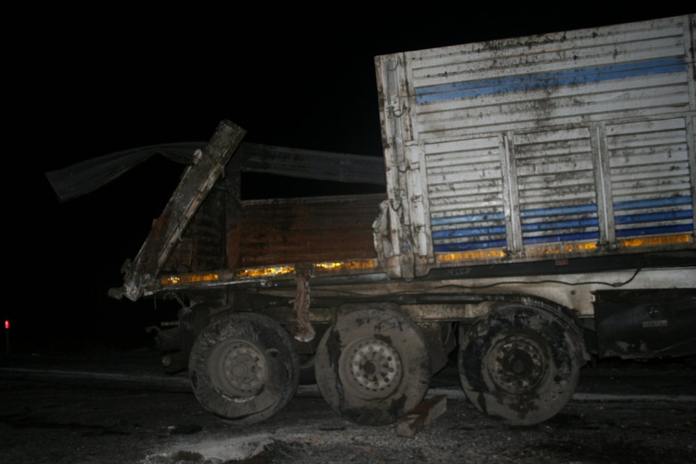 Konya'da TIR devrildi 1 Yaralı 5
