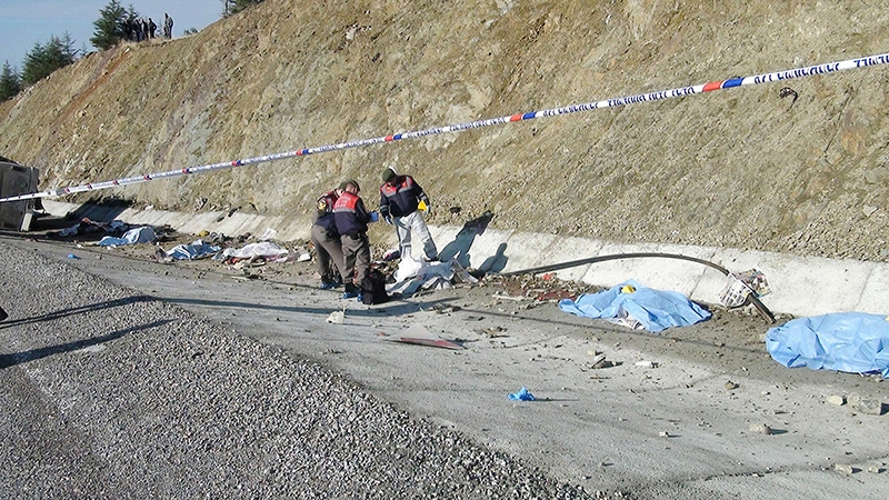 Feci kazada 16 ölü 2