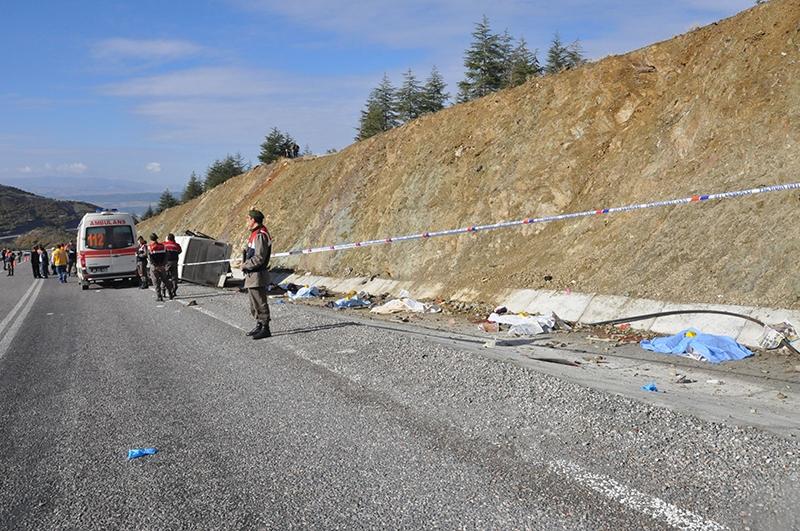 Feci kazada 16 ölü 29