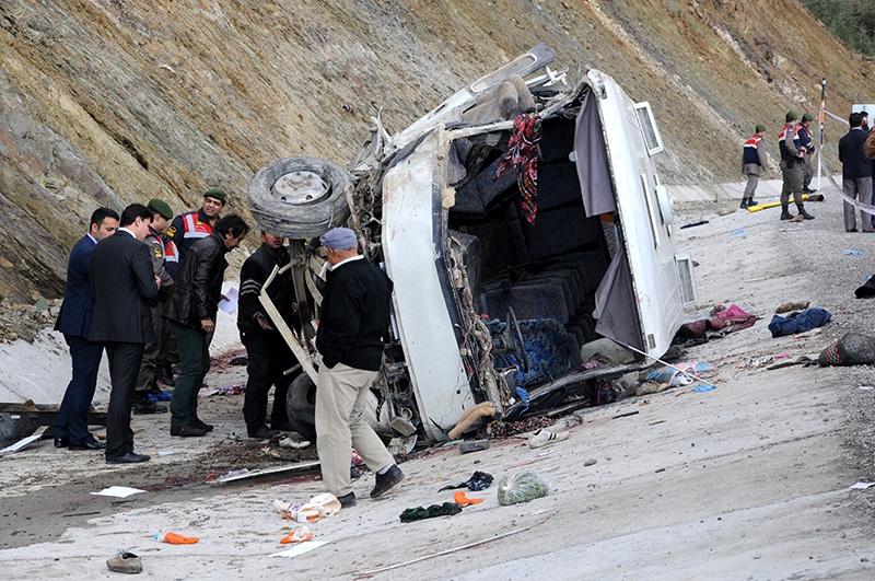 Feci kazada 16 ölü 36