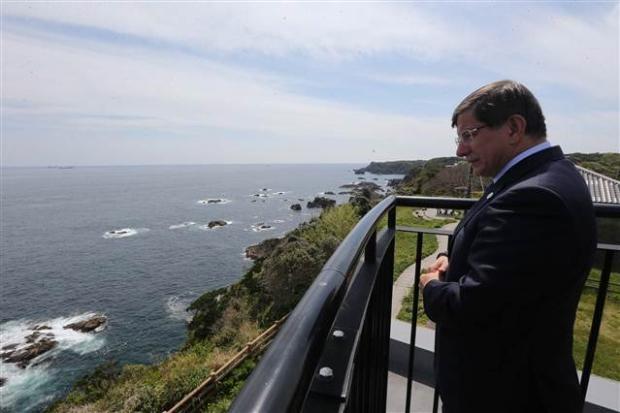 Dışişleri Bakanı Davutoğlu Japonya'da 10