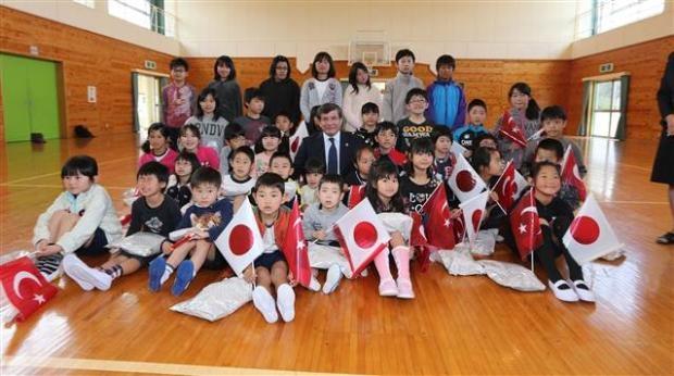 Dışişleri Bakanı Davutoğlu Japonya'da 11