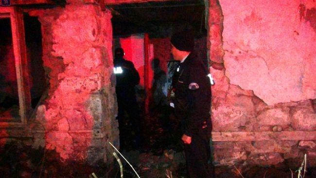 Kars'da ihbar yağdı, polis gece boyu baskın yaptı 15