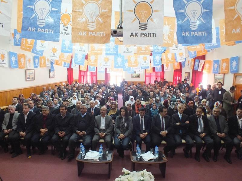 AK Parti ilçe kongrelerinden fotoğraflar 3