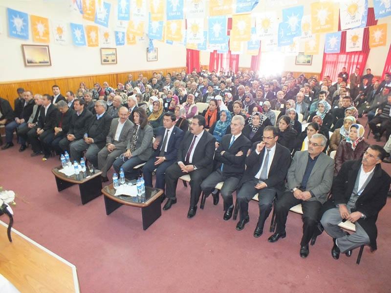 AK Parti ilçe kongrelerinden fotoğraflar 5