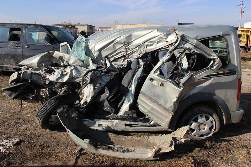 Konya'da trafik kazası: 1 ölü, 3 yaralı 2