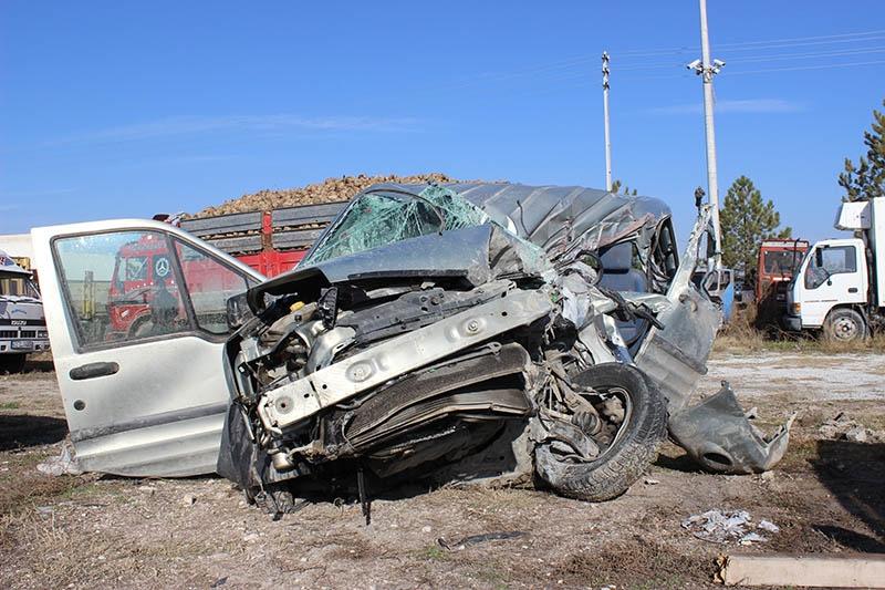 Konya'da trafik kazası: 1 ölü, 3 yaralı 3
