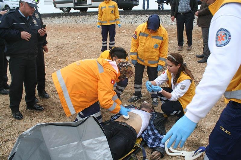 Sulama kanalına devrilen otomobilin sürücüsü öldü 1