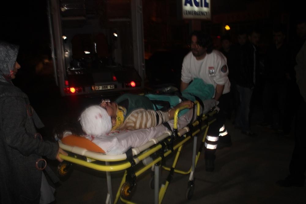 Konya'da tırla otomobil çarpıştı: 6 yaralı 6