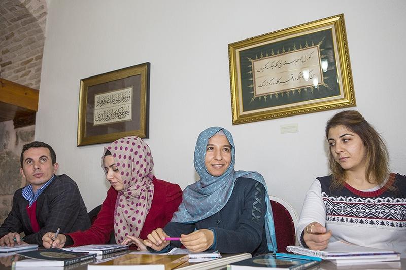"""Selçuklu Medresesi'nde """"Osmanlıca"""" öğreniyorlar 20"""