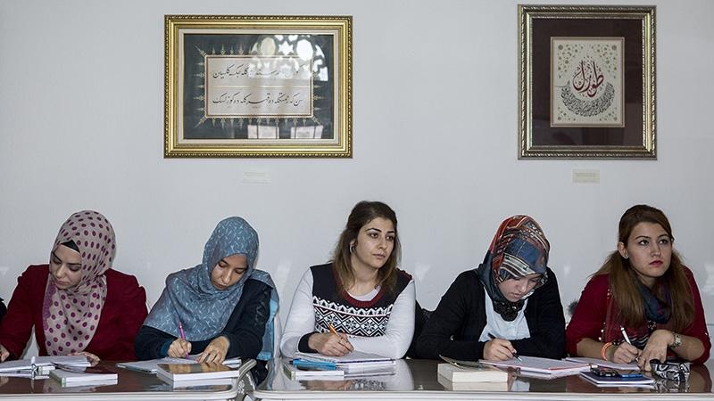 """Selçuklu Medresesi'nde """"Osmanlıca"""" öğreniyorlar 25"""