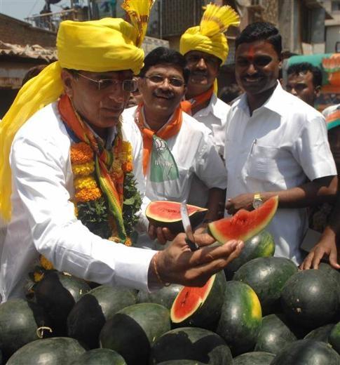 Hindistan'daki seçimlerden renkli kareler 11