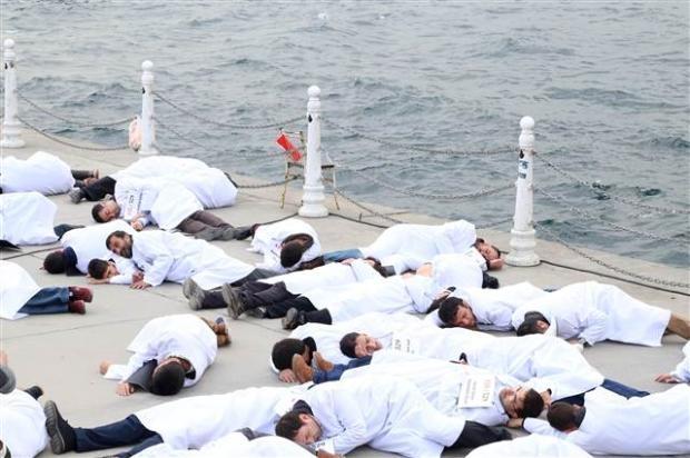 Üsküdar'da Mısır'daki idam cezası kararlarına protesto 12