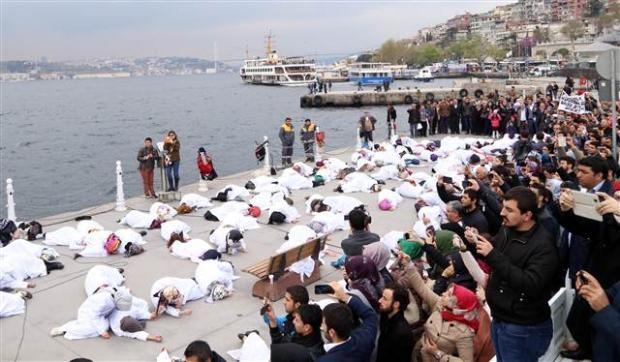 Üsküdar'da Mısır'daki idam cezası kararlarına protesto 14