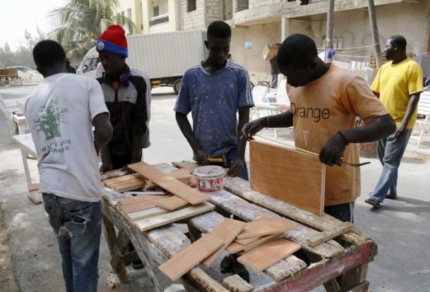 Dakar'ın sokak mobilyacıları 9