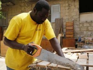 Dakar'ın sokak mobilyacıları