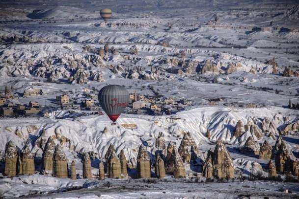 Kapadokya'da sıfırın altında balon turu 6