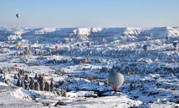 Kapadokya'da sıfırın altında balon turu 7